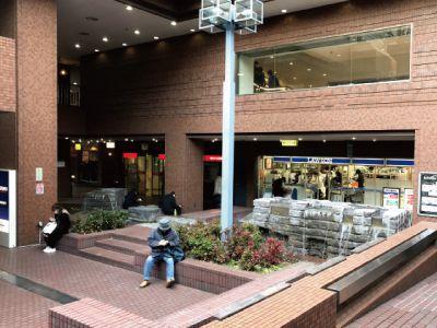 新宿センタービルB1とMB